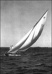 "John F Kennedy Sailing ""Flash II"""